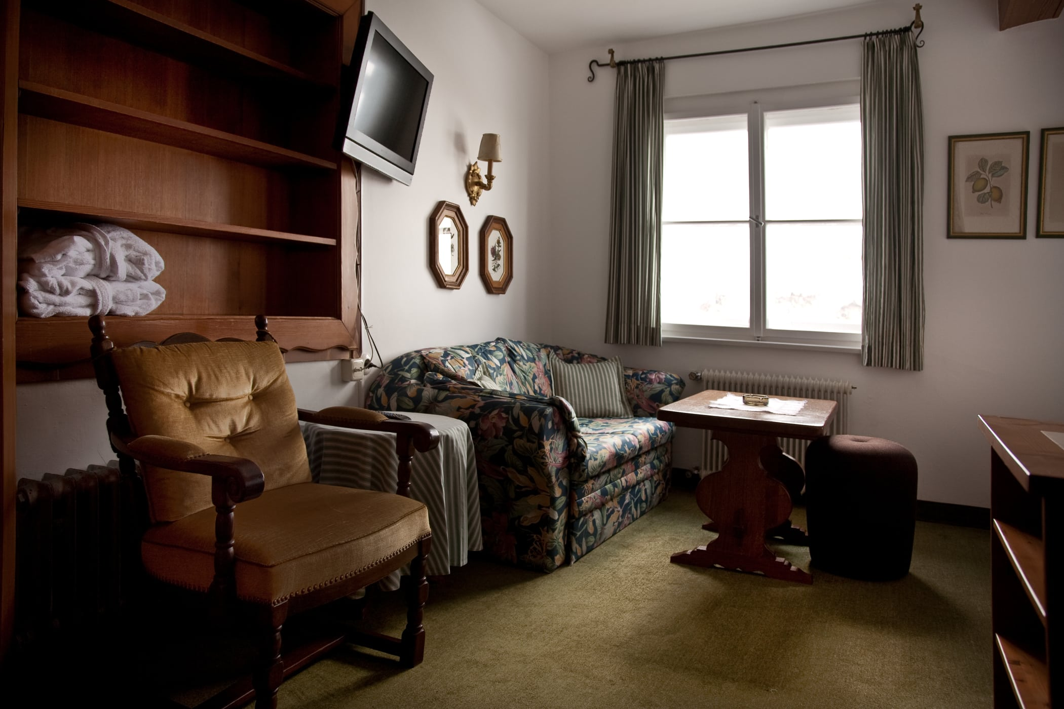 retro-2-details-schlafen-und-apres-ski-und-wohnen-hotel-flexen-zuers-am-arlberg